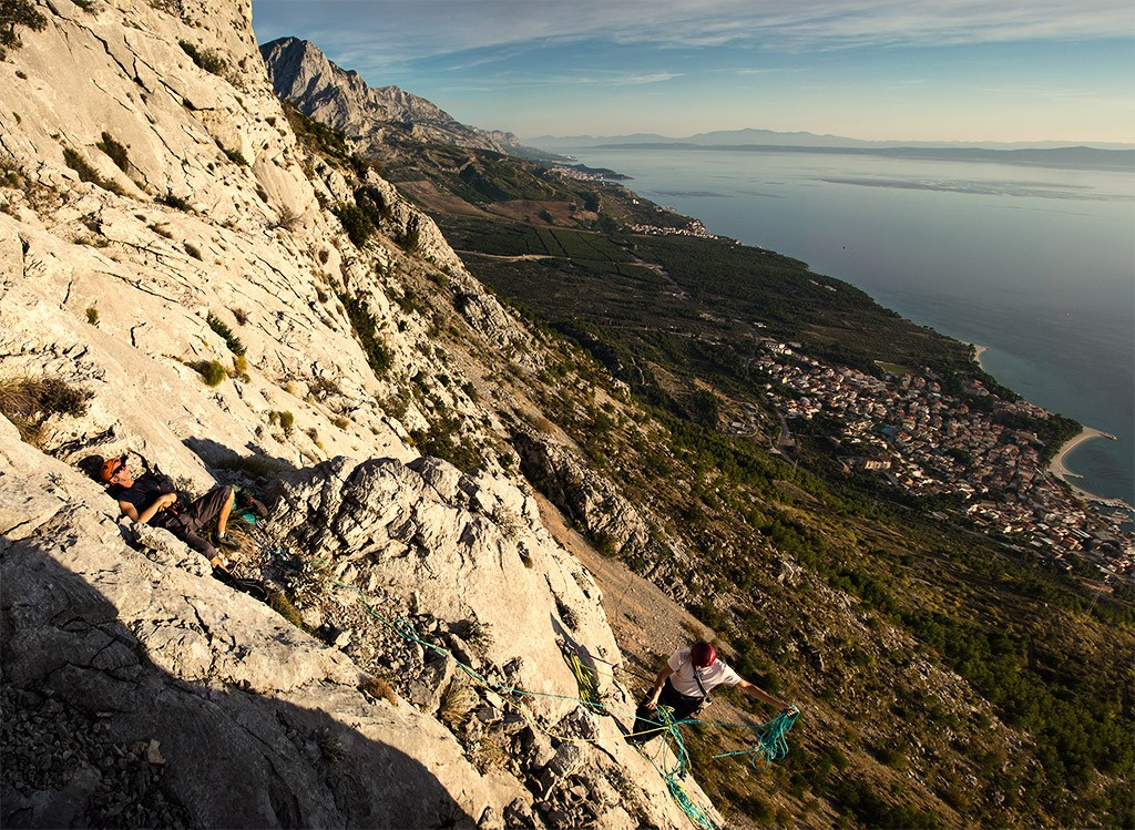 biokovo_climbing_adventure_with_a_view