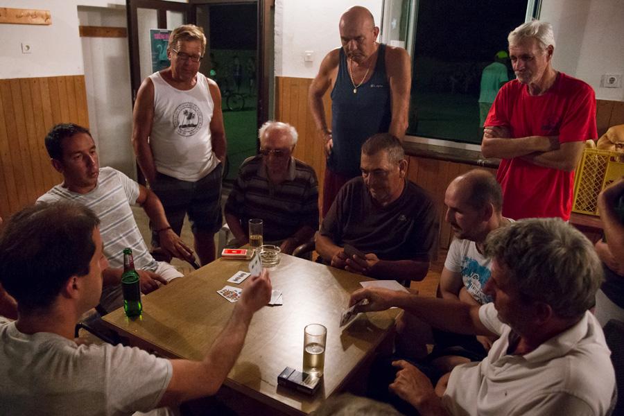 card_game_tournament_molat