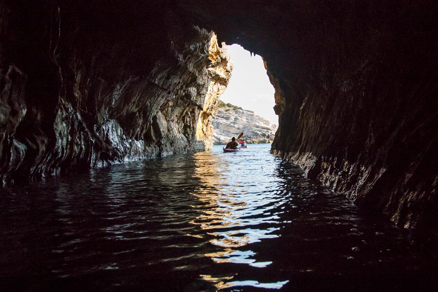 caves_in_croatia_in_winter