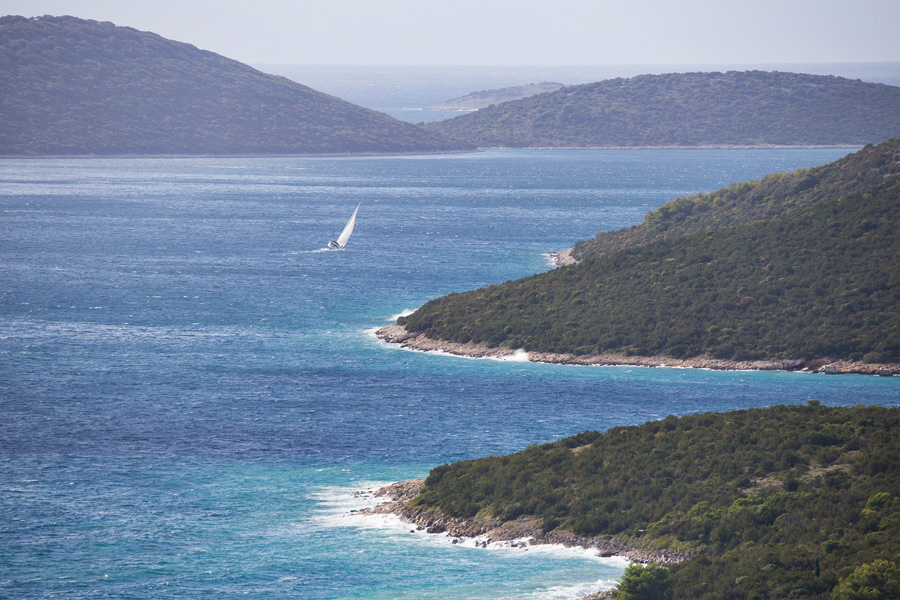 hilltop_views_island_molat