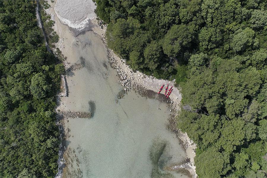 sea kayaking molat