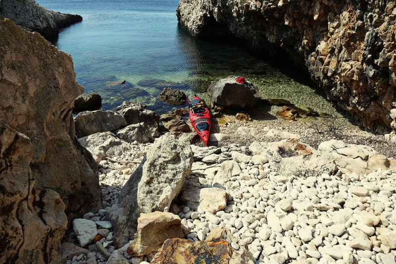 Sea kayaking in Croatia 05