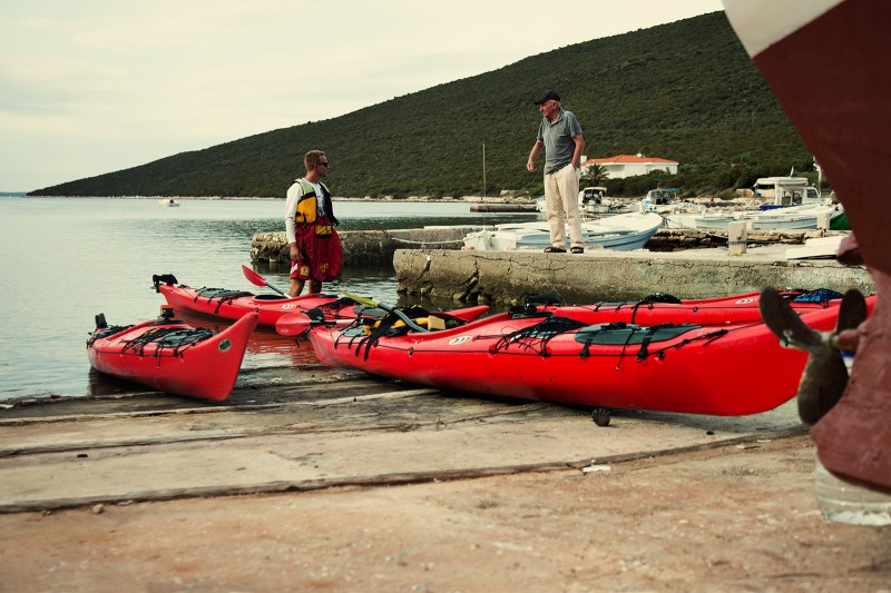 Sea kayaking in Croatia 09