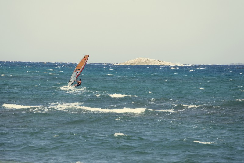 Windsurf island hopping in Croatia