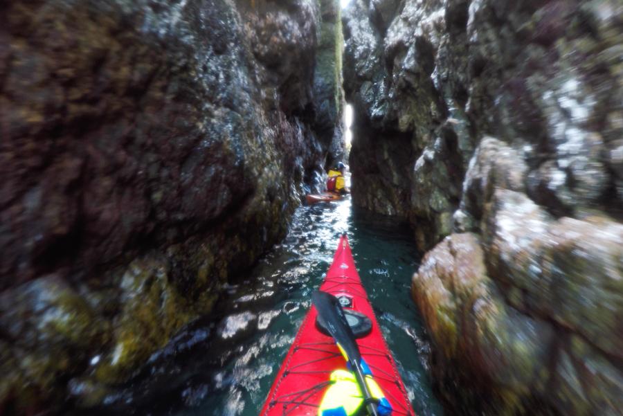 sea_kayak_ireland_gully