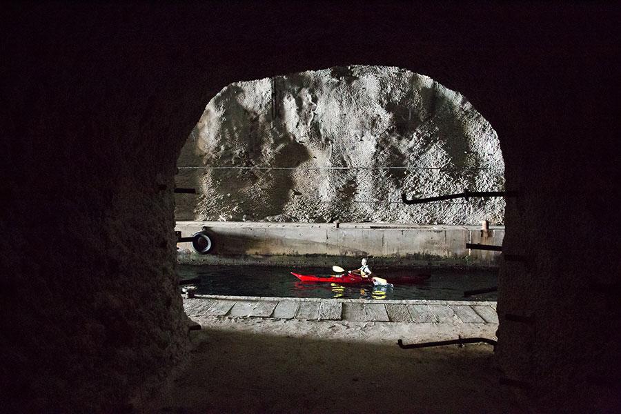 sea kayaking submarine caves in croatia