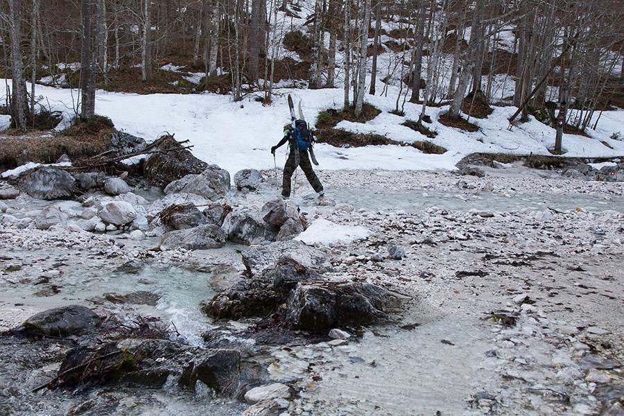creek_vrata_valley_slovenia