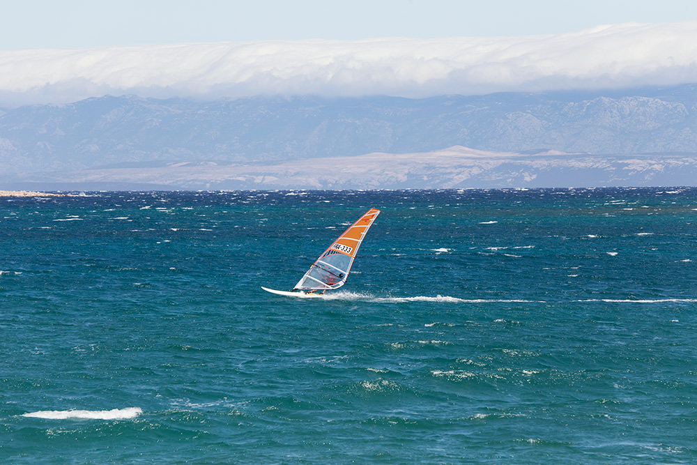 croatia_activity_holiday_windsurfing