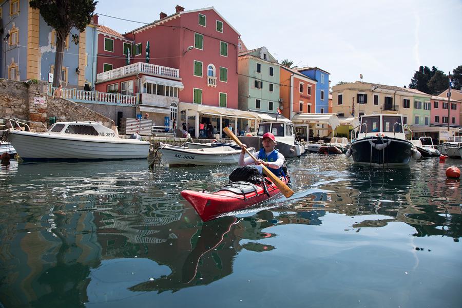 kayaking town veli losinj
