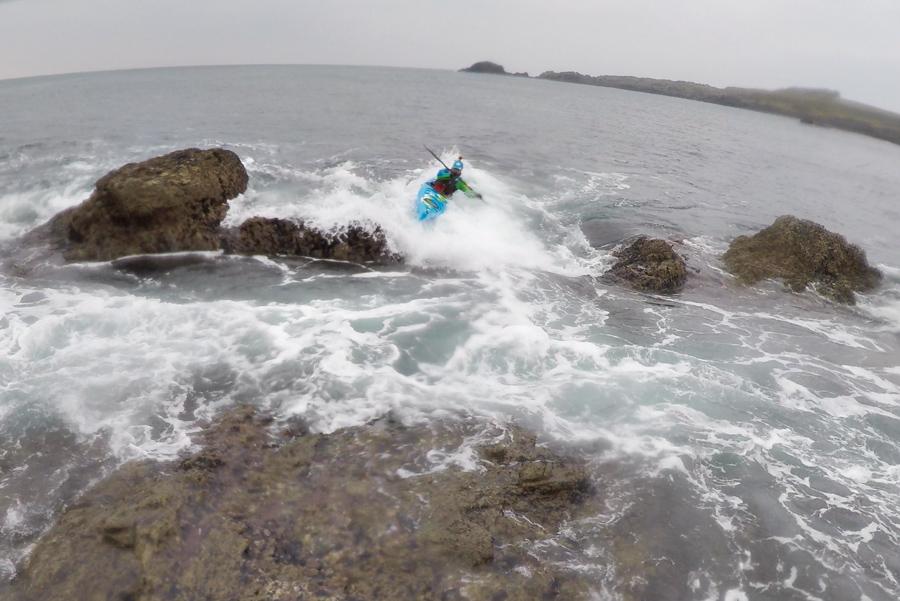 rock hopping sea kayak