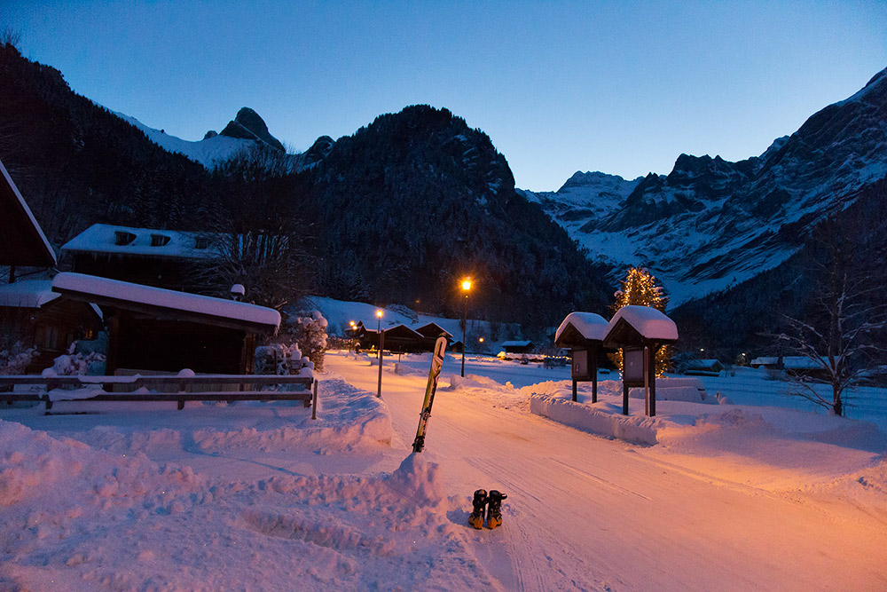 skitouring_adventure_holiday_in_the_alps